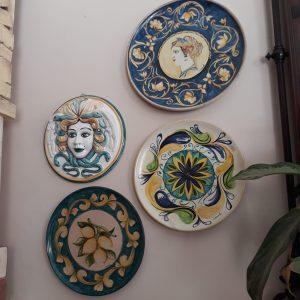 Botteghe e Piccoli Negozi di Artigianato Tipico e Moderno Siciliano Ceramica Trinacria Vendita (6)